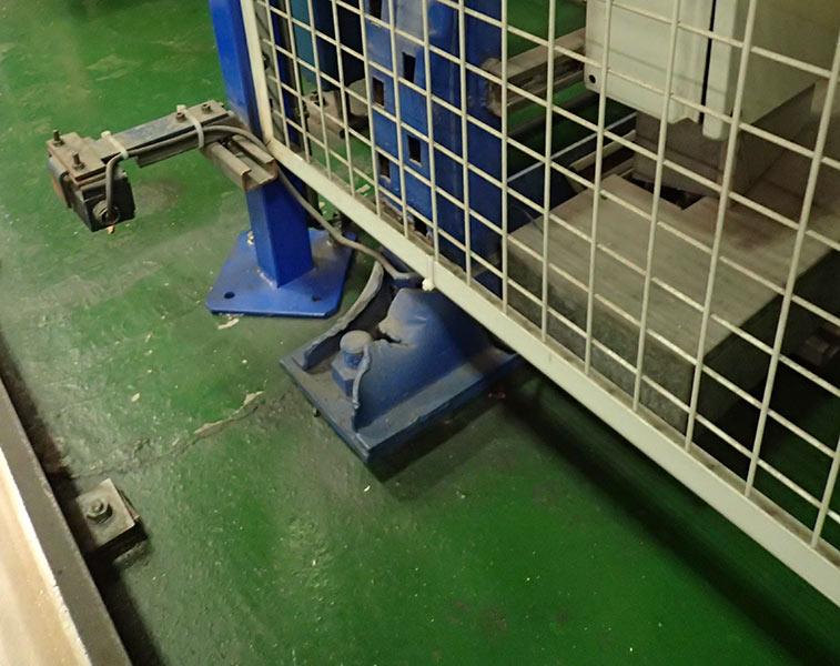 Daño automático placa base transelevador