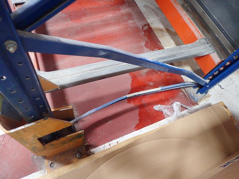Daño diagonal estantería regulable paletas