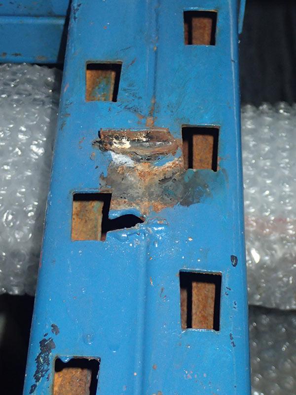 Daño automaticos autoportante puntal