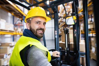 Obligaciones del empresario y del trabajador en materia de seguridad en el almacén
