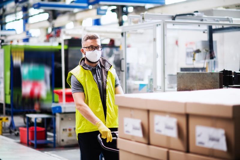 Obligaciones del trabajador de un almacén en materia preventiva